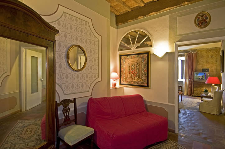 divanetto salotto Suite
