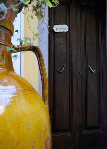 dettaglio vaso e ingresso